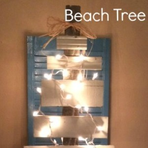 Beach Christmas Tree | Craft Dictator