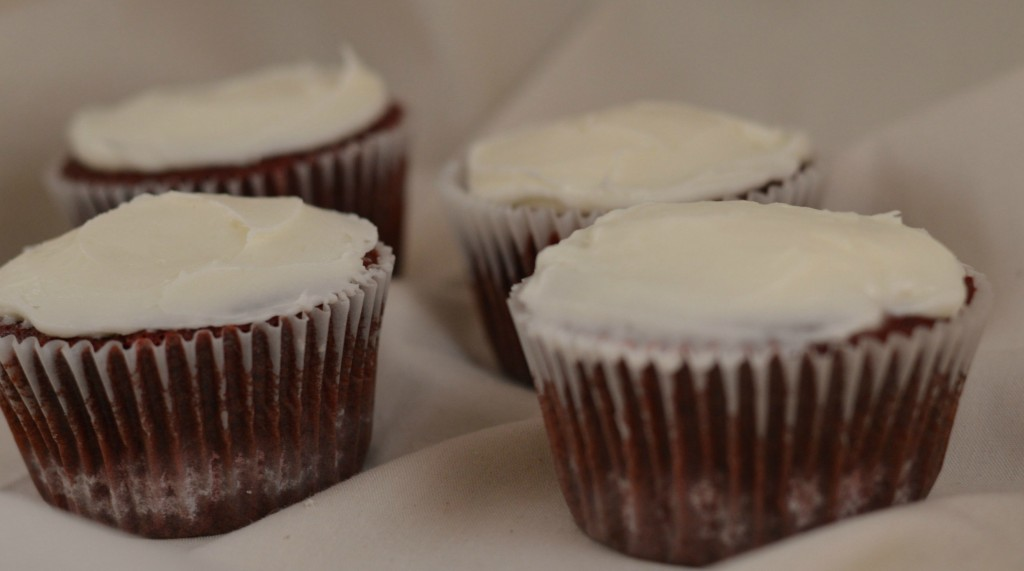 Homemade Red Velvet Cupcakes | Craft Dictator